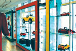 Retail sector expected to exceed US$ 500 billion by 2010.