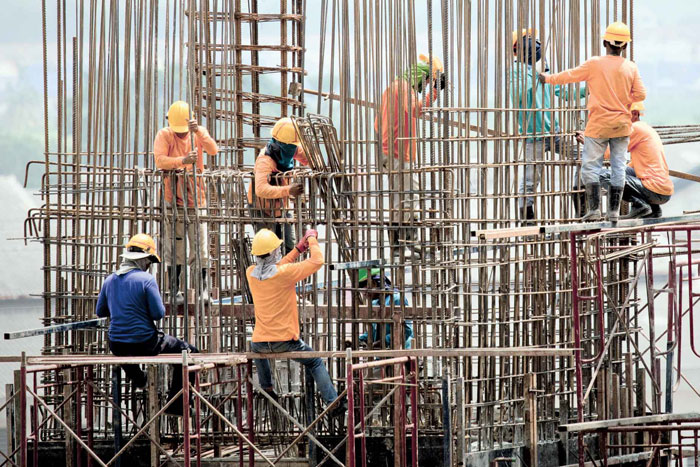 construction worker welfare facilities construction essay Addressing workers' rights in the engineering and construction  working papers contain preliminary research, analysis, findings, and recommendations.