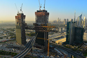 ALEC Completes Final Lift of The Show-Stopping Bridge 'The Link' at One Za'abeel