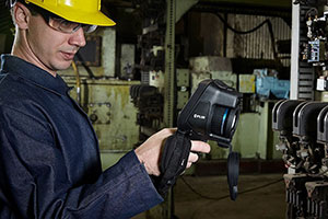 FLIR Systems Announces Four New Exx-Series Handheld Thermal Imaging Cameras