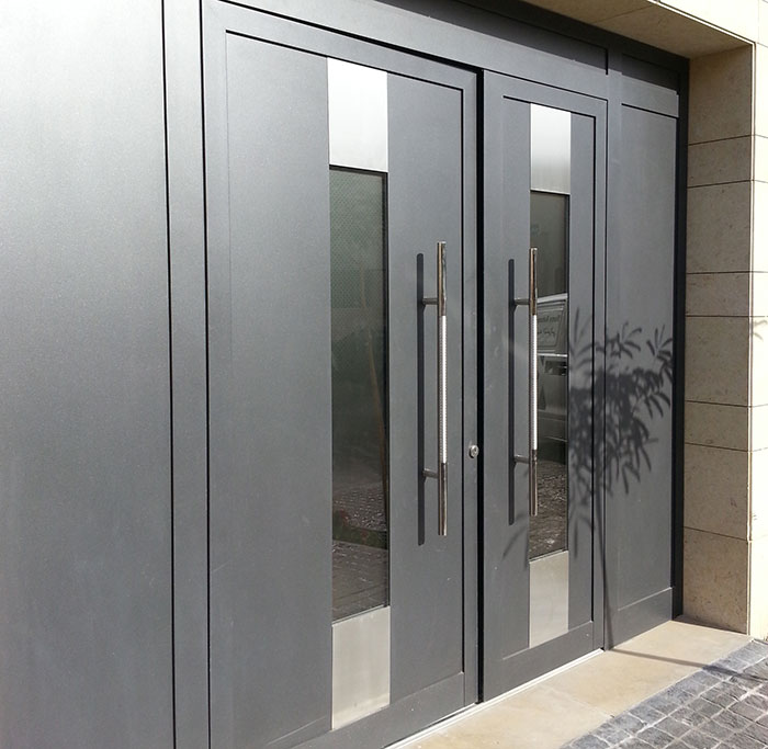 Hoermann Launches Thermosafe And Thermocarbon Aluminium Entrance