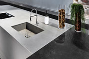 LAMINAM Unveils its New Series of Extra-Large Slabs 1620x3240 mm