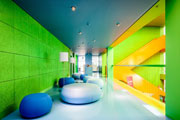 Neon green like a highlighter: Acoustic boards decorate the STABILO administration building