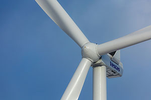 Saudi Arabia Sees Its First Wind Farm from Vestas Coming Together