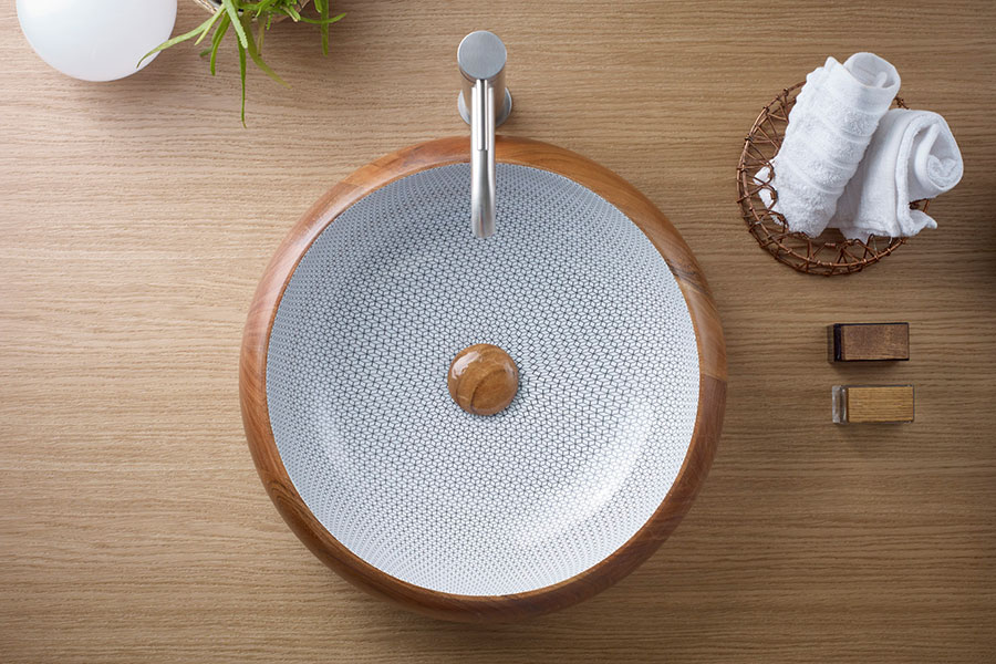 Wood Collection: Handmade and Innovation